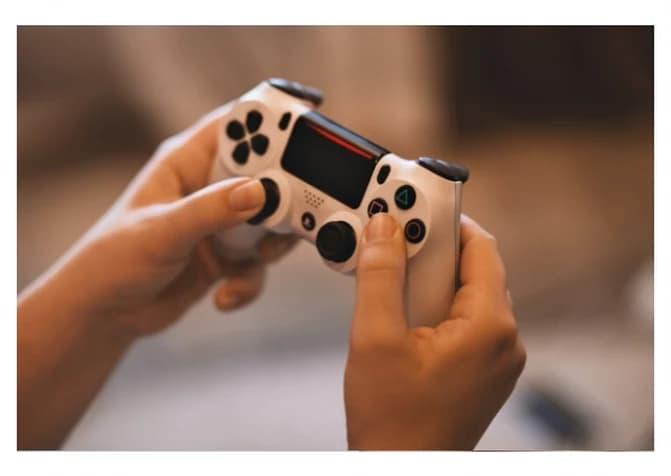 Epidemia Fortnite. Videogiochi e Genitori. Consigli per l'uso.